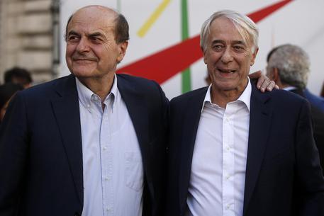 """Pisapia e Bersani in piazza,""""Io ci sto""""apre reunion""""Insieme"""""""